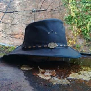 Oilskin Hat with Flyband